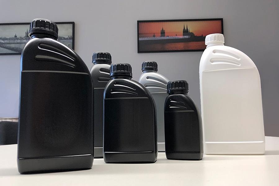 WEDTHOFF Ölflaschen. Industrieverpackungen / Kunststoffverpackung für die Schmierölindustrie. Auch IBC Container, Kunststoffkanister etc